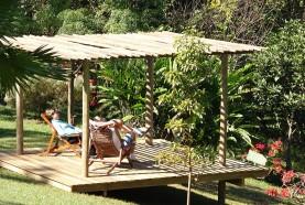 area-de-descanso-hotel-fazenda-brotas-deck