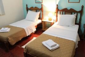 camas-casa-centenaria-hotel-fazenda-jacauna-brotas