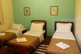 camas-solteiro-casa-centenaria-hotel-fazenda-brotas-jacauna