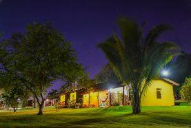 jardim-hotel-fazenda-jacauna-8