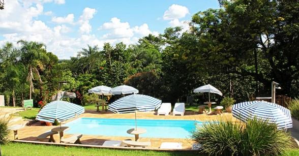 hotel-fazenda-brotas-piscina-descanso