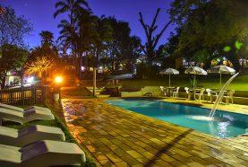 piscina-hotel-fazenda-jacauna-brotas-13