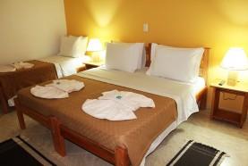quarto-triplo-hotel-fazenda-em-brotas-jacauna