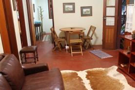 sala-casa-centenaria-hotel-fazenda-jacauna-brotas-sp